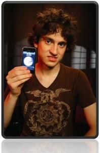 Primer hacker de iPhone contratado por Apple