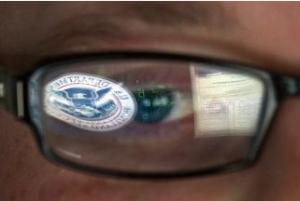 División en congreso de EEUU sobre tema de seguridad informática