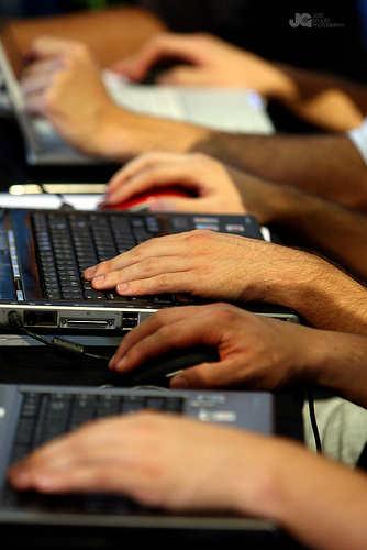 Fraudes bancarios se incrementan por hackeo de plataformas