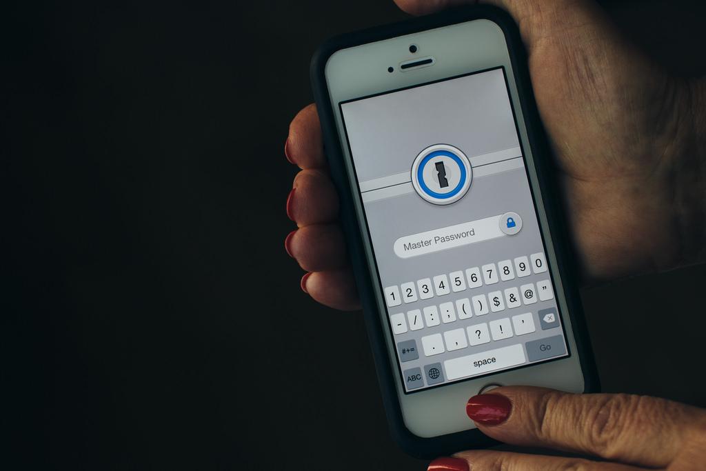 ¿Qué tan fácil es hackear un Smartphone?