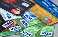 Así clonan tu tarjeta bancaria en cajeros o restaurantes para vaciar tu cuenta